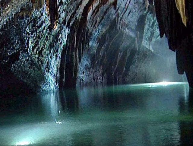 proline-travel-tourism-Lebanon-tours-bg-jeita