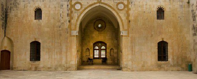 proline-travel-tourism-Lebanon-tours-deir-elqamar3
